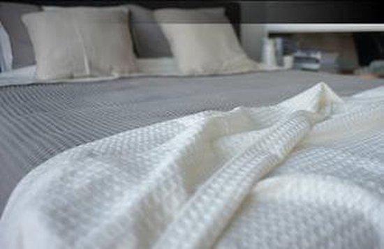 Luxe bedspreien - Bari - Ecru - 260x260