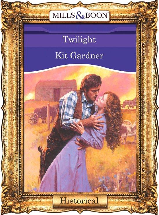 Omslag van Twilight (Mills & Boon Vintage 90s Historical)