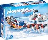 PLAYMOBIL Poolreizigers met hondenslee  - 9057