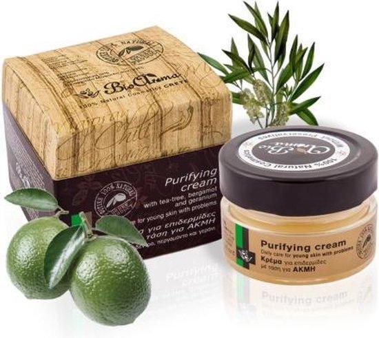 De enige 100% natuurlijke anti acne behandeling die wel werkt. - Bio aroma