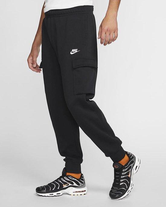 Nike Men's Sportswear Club Fleece Cargo Jogger Pants M