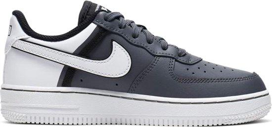   Nike Air Force 1 LV8 Sneakers Maat 33.5 Mannen