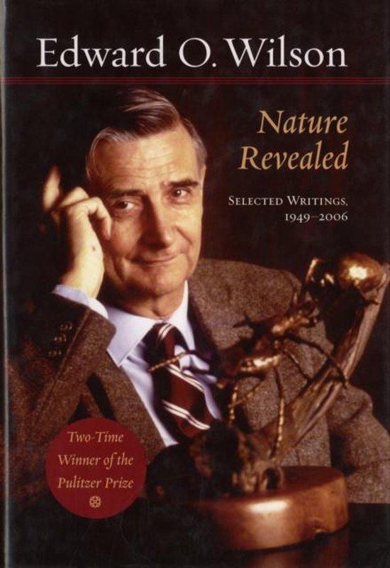 Boek cover Nature Revealed van Edward O. Wilson (Hardcover)