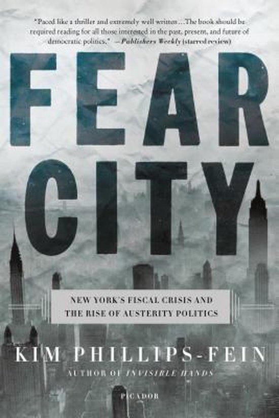 Boek cover Fear City van Assistant Professor of History K (Paperback)