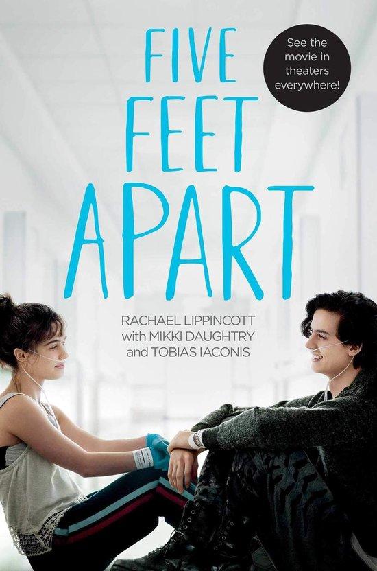 Boek cover Five Feet Apart van Rachael Lippincott (Paperback)