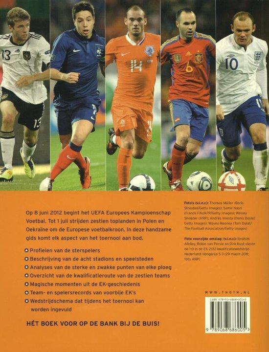 Ek Voetbal 2012 Keir Radnedge 9789068686005 Boeken Bol Com