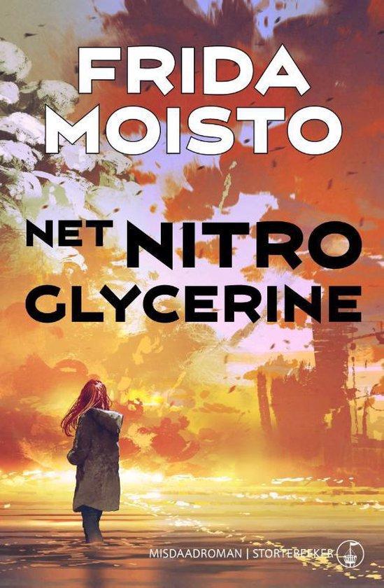 Lisa Engström 1 - Net nitroglycerine - Frida Moisto | Fthsonline.com