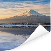 Iconisch beeld van de Fuji berg in de Japanse prefectuur Yamanashi Poster 100x100 cm - Foto print op Poster (wanddecoratie woonkamer / slaapkamer)