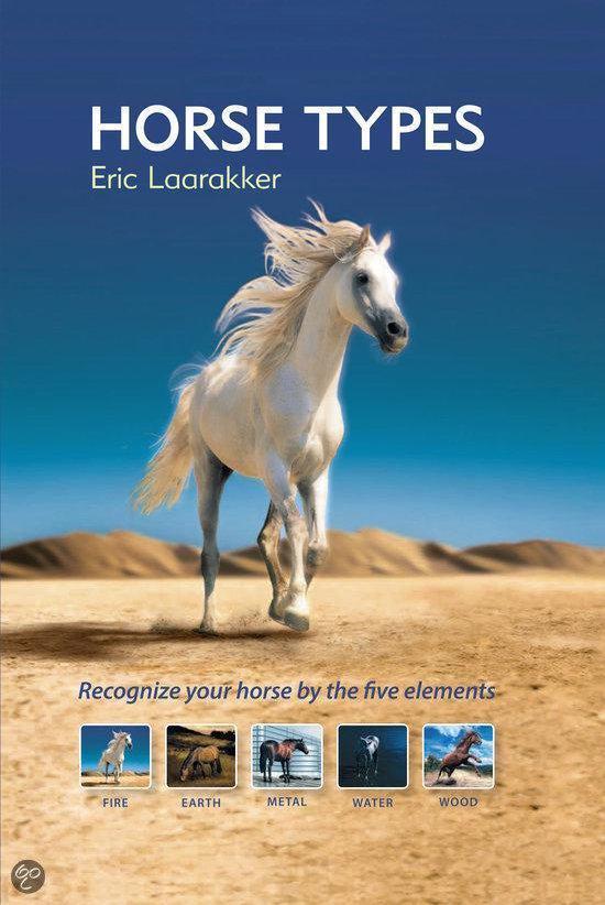Boek cover Horse types van Eric Laarakker (Hardcover)