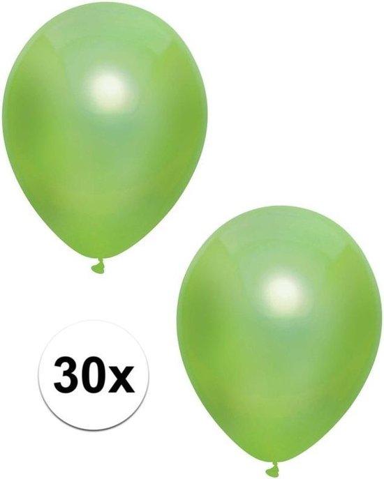 30x Lichtgroene metallic ballonnen 30 cm - Feestversiering/decoratie ballonnen lichtgroen