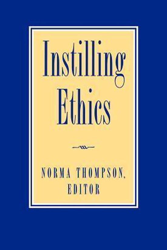 Boek cover Instilling Ethics van Stephen Salkever (Paperback)