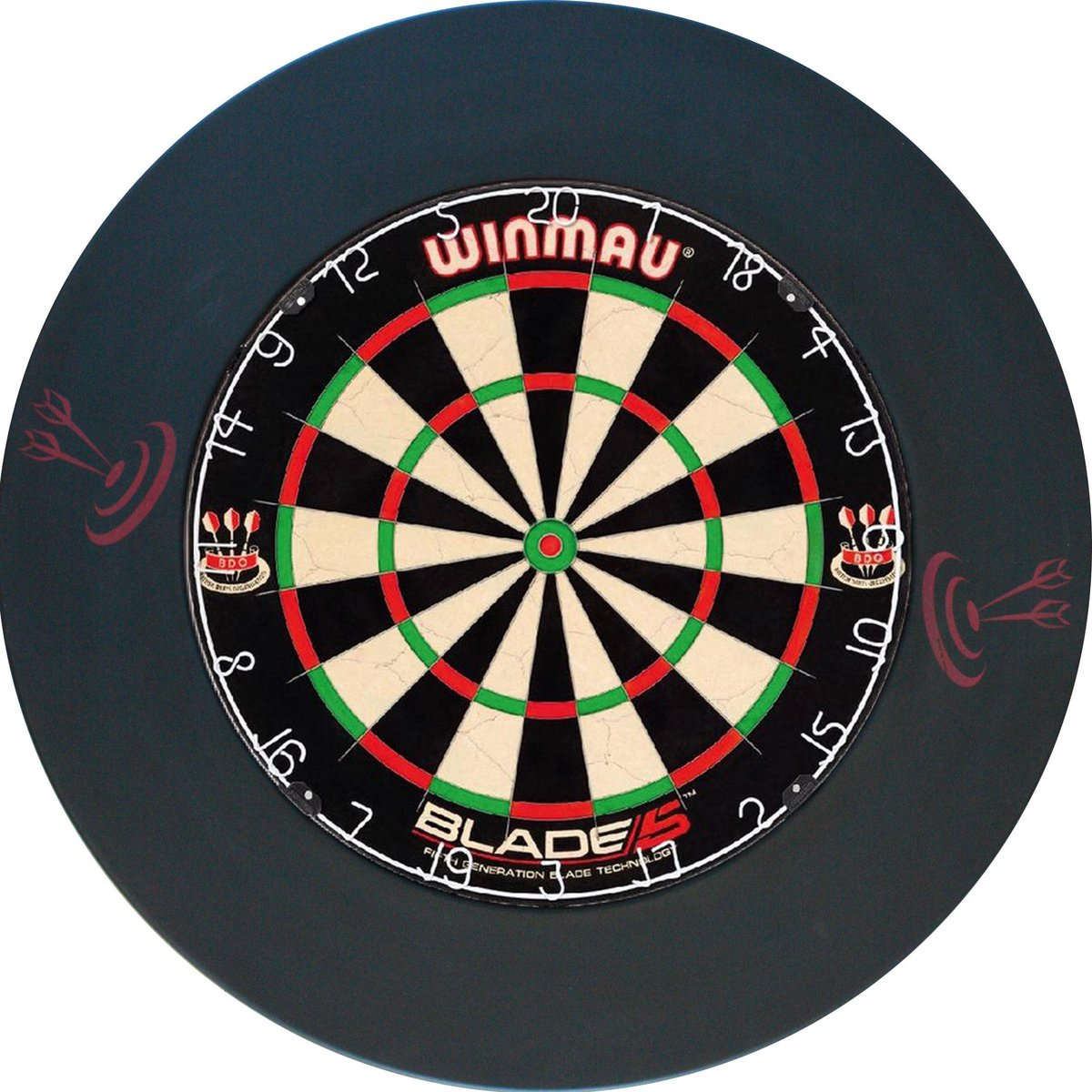Winmau blade 5 incl. rubberen surround ring zwart en ABC darts scorebord