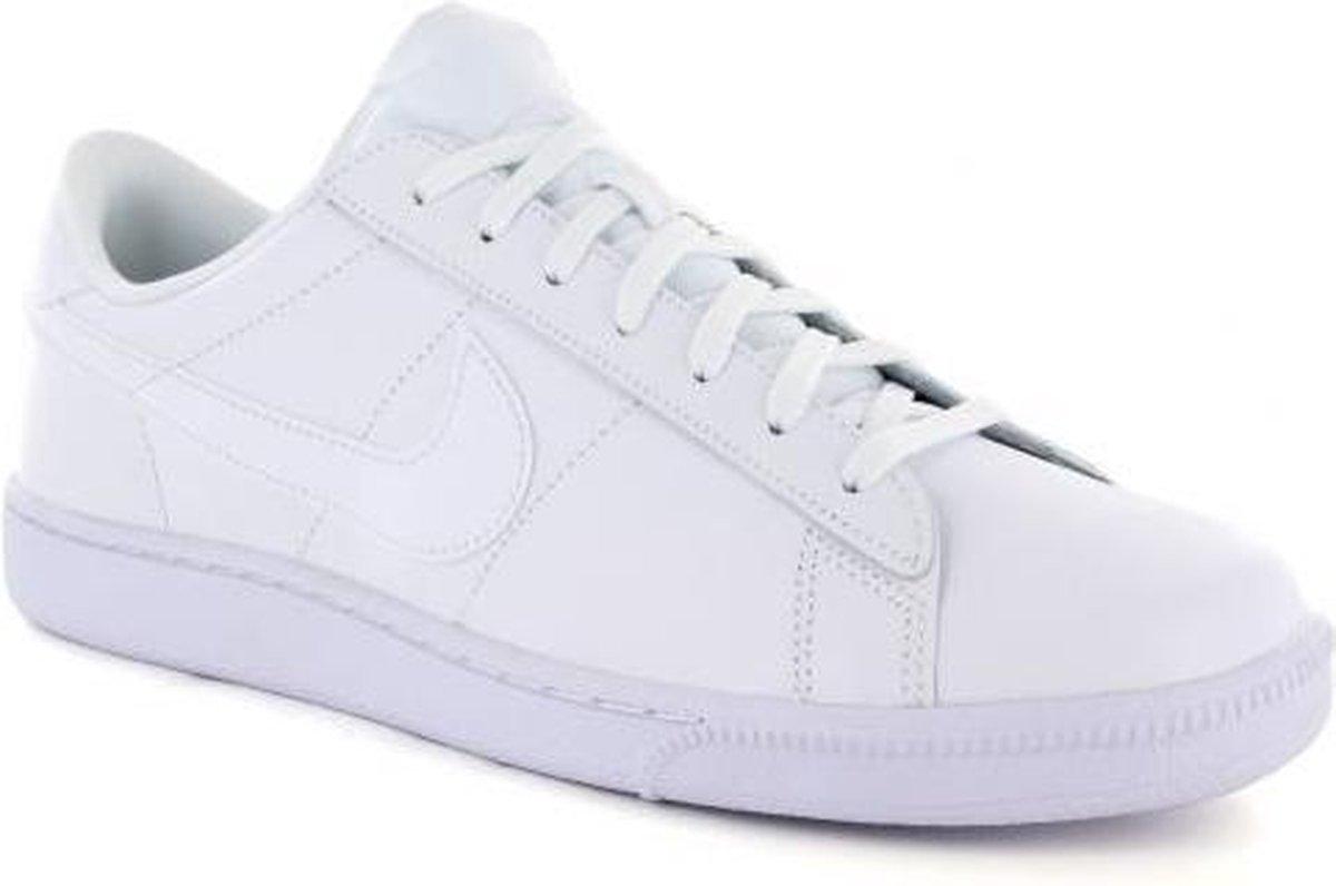 Nike Tennis Classic CS Heren maat 40