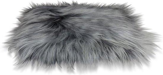 Stoelkussen - IJslandse schapenvacht staal grijs - stoelpad - zitkussen