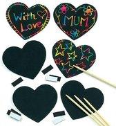 Maak ontwerp je eigen hart kraskunst-magneten - creatieve knutselpakket voor kinderen om in te versieren - ideaal cadeau om te geven voor Valentijnsdag of Moederdag/Vaderdag (10 stuks)