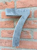 Betonnen huisnummer, hoogte 20cm, huisnummer beton cijfer 7