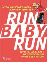 Run baby run. Soms is hardlopen het enige dat je op de been houdt