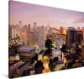 Een roze getinte schemering valt over São Paulo in Brazilië Canvas 180x120 cm - Foto print op Canvas schilderij (Wanddecoratie woonkamer / slaapkamer) XXL / Groot formaat!