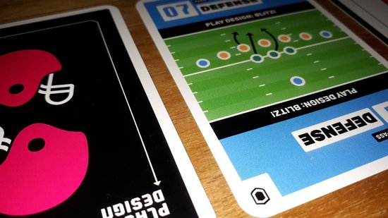 Play Design - het American Football kaartspel