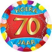 50x stuks gekleurde bierviltjes/onderzetters 70 jaar thema feestartikelen en versiering