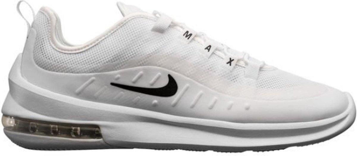 bol.com | Nike - Air Max Axis - Wit - Heren - maat 41