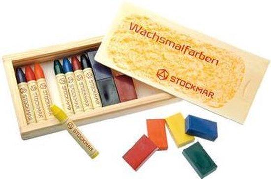 Afbeelding van het spel Stockmar combi 8 stiftjes + 8 blokjes houten kist
