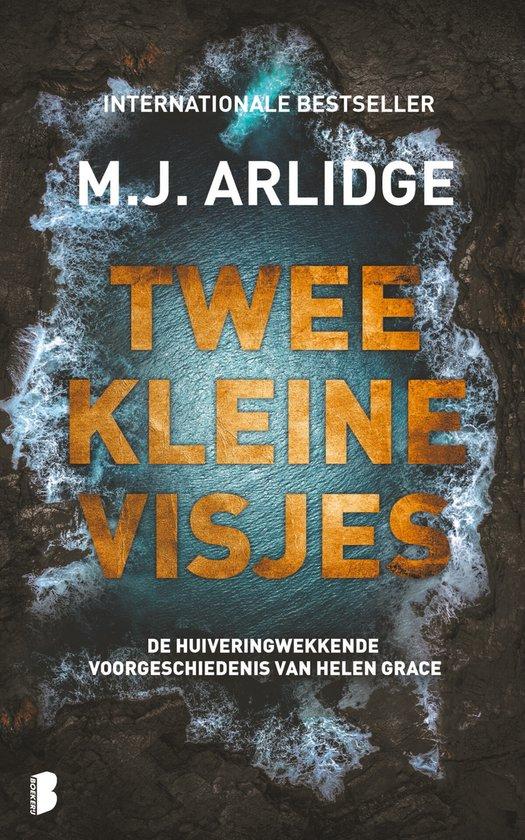 Boek cover Twee kleine visjes van M.J. Arlidge (Paperback)