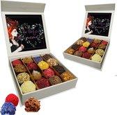 Chocoladna Moederdag chocolade bonbons - truffels -  in luxe cadeaudoos - 16 stuks - met extra flesje 'Shot in de Rose'