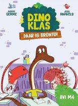 Dinoklas 8 -   Daar is Bronto