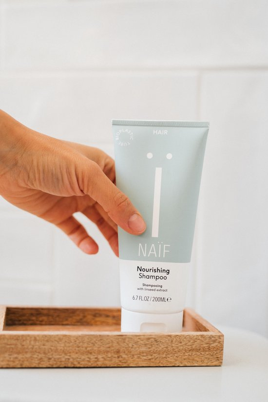 Naïf Natuurlijke voedende Shampoo - 200ml
