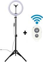 a sunny day LED Ringlamp met statief (verstelbaar) incl telefoonhouder en bluetooth afstandsbediening - 26 cm/10 inch -136 cm hoog  - USB - TikTok - Ringlight - flitser - Ring lamp - Ringlamp telefoon -  Vlog - Make-up light - Studiolamp