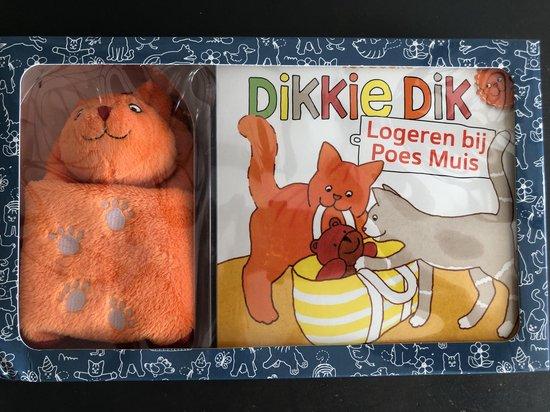 Boek cover Dikkie Dik  -   Logeren bij Poes Muis van Jet Boeke (Hardcover)