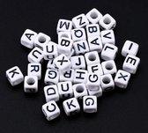300 Stuks Kralen Alfabet Vierkant 6mm - Letterkralen - Acryl Kralen