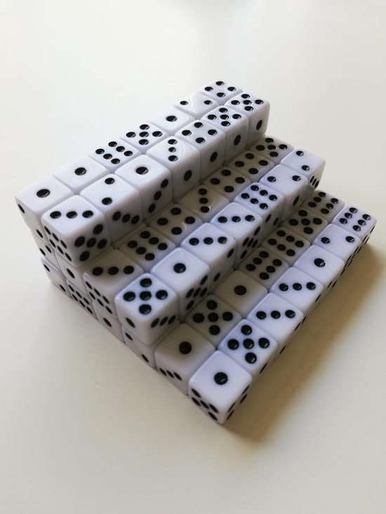 Afbeelding van het spel 10 Stuks witte dobbelstenen set - 10mm - 10 millimeter - kleine dobbelstenen wit - dobbelsteentjes | Yahtzee-Bordspel | Gezelschapsspel | Spelletje | Spelletjes