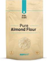 Body & Fit Superfoods Pure Amandelmeel - 500 gram - Wit