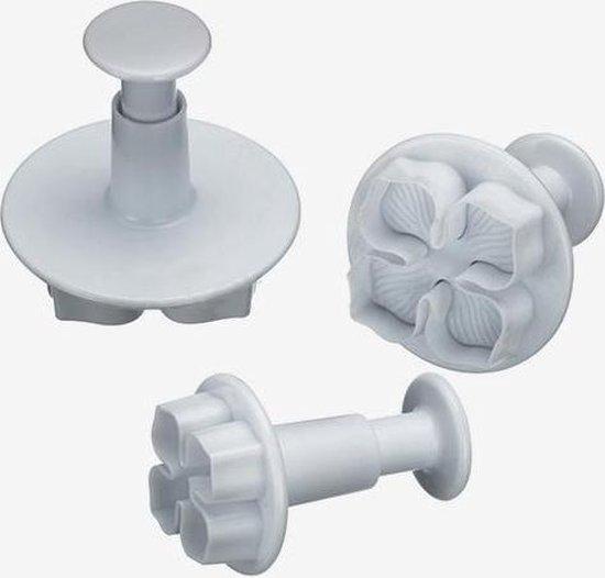 KitchenCraft Set van 3 plunger cutters - hortensia / bloemen - Sweetly Does It   Kitchen Craft