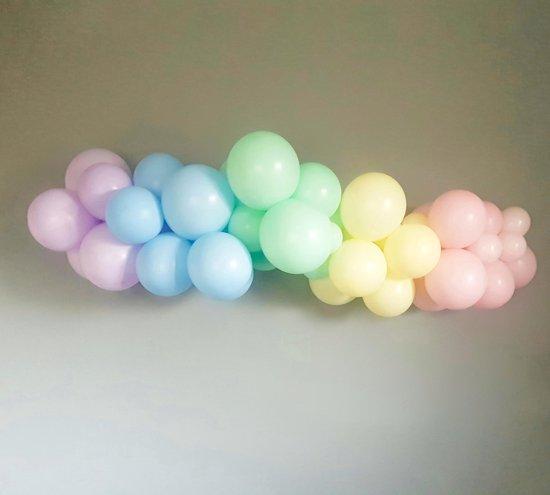 Studio Hip Hooray - DIY Ballonslinger / Pastel regenboog
