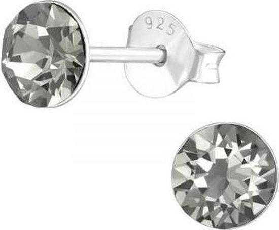 Zilveren oorknop, Black Daimond Swarovski kristal (6MM)