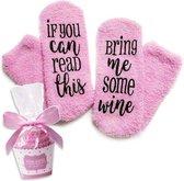Cupcake Wijn Sokken fluffy - Huissokken - dames - one size - anti slip - Cadeau voor haar - grappig - Housewarming - Moederdag cadeautje - vrouw - verjaardag - moeder - mama