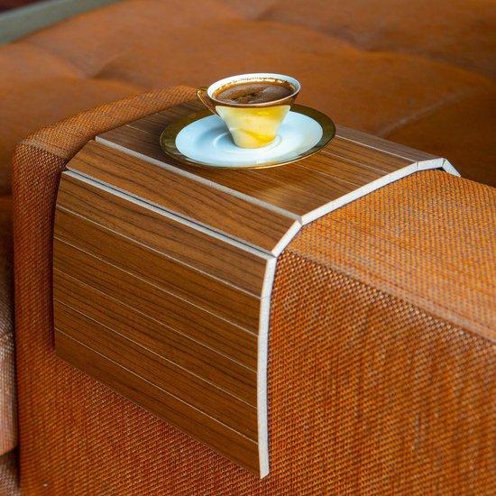 Flexibel dienblad | Armleuning dienblad | Anti slip | Banktafel | Armleuning organizer | Zachte achterlaag tegen beschadiging | Bank | Bruin |