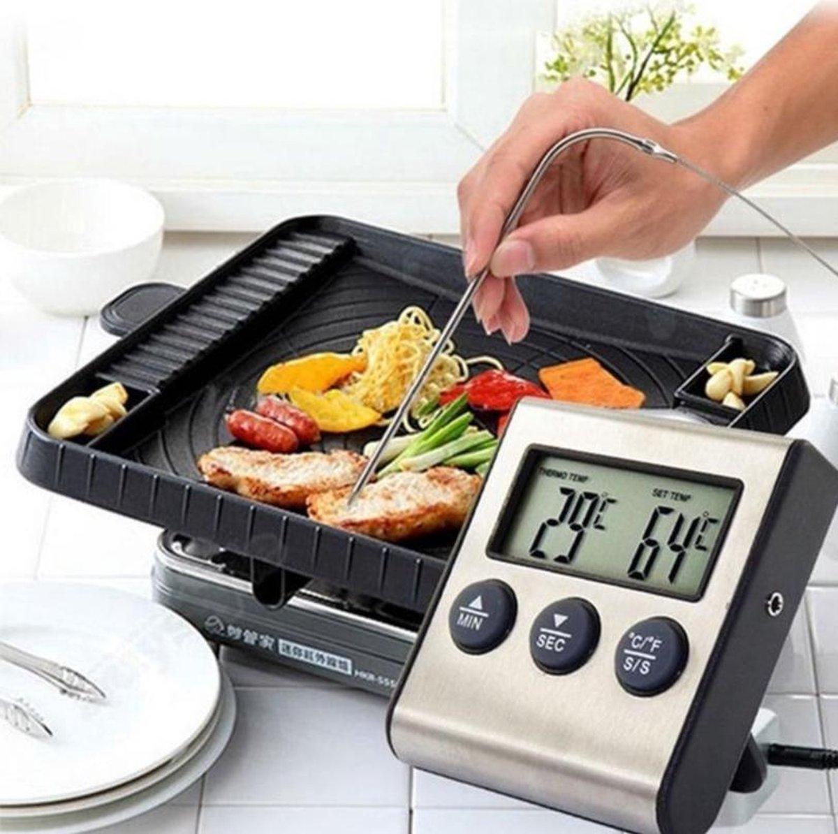 Keukenthermometer met Batterijen - Digitale Keuken Thermometer - Kernthermometer BBQ - Oventhermometer - Vleesthermometer - Draadloos
