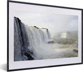Poster met lijst Nationaal park Iguazú - Wilde watervallen in het Nationaal park Iguazú in Argentinië fotolijst zwart met witte passe-partout - fotolijst zwart - 40x30 cm - Poster met lijst