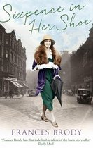 Boek cover Sixpence in Her Shoe van Frances Brody