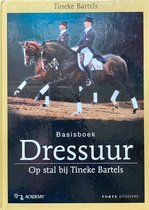 Basisboek Dressuur