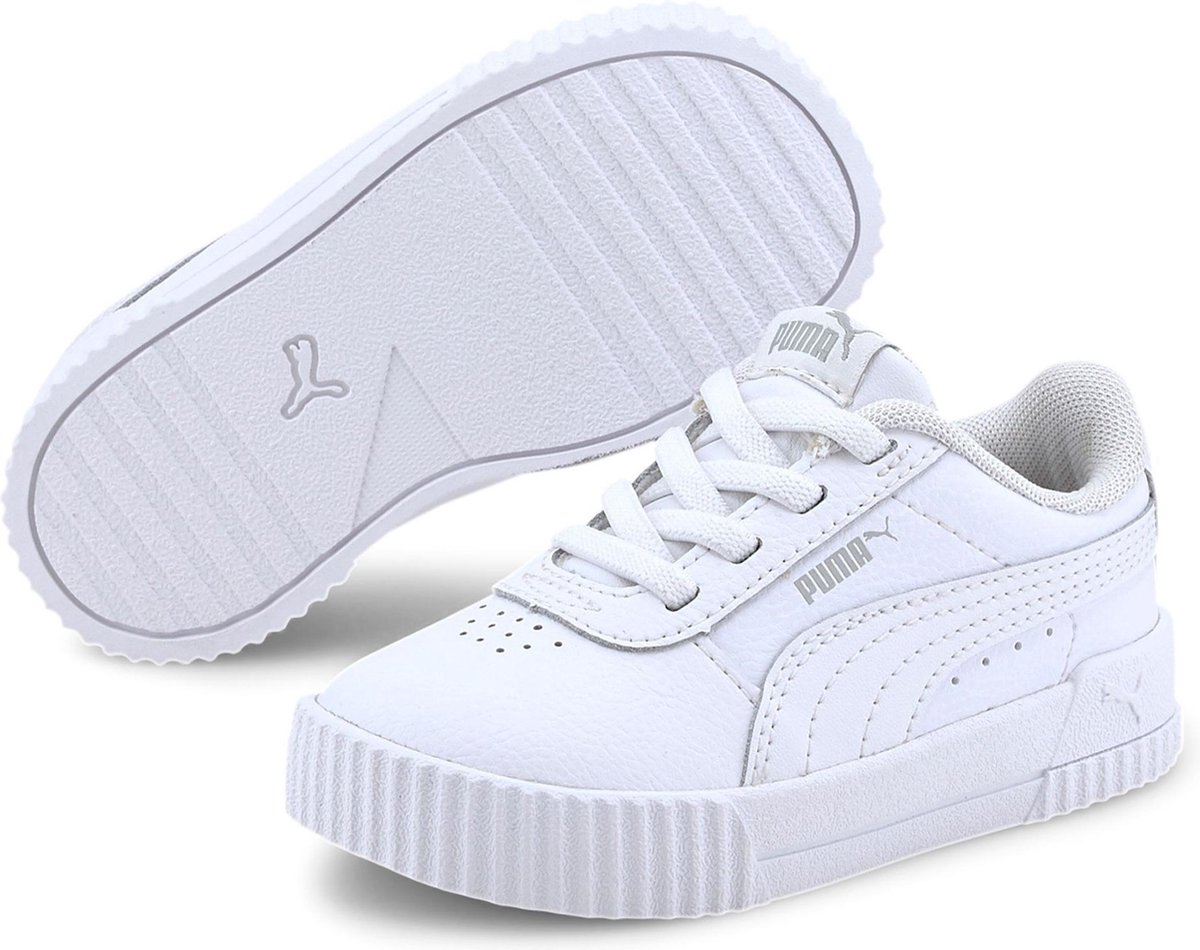 Puma Sneakers - Maat 22 - Unisex - wit