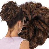 Curly Haar Wrap Extension  Bruin Mixed: Mahonie Donker Warm Bruin  Inclusief Luxe Bewaarzakje.