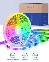 LED Strip 5 meter - RGB verlichting - Waterproof en bedienbaar met 44 keys afstandbediening - Zelfklevend