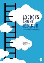 Ladders tegen wolken