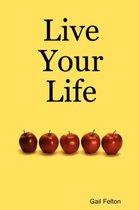 Omslag Live Your Life