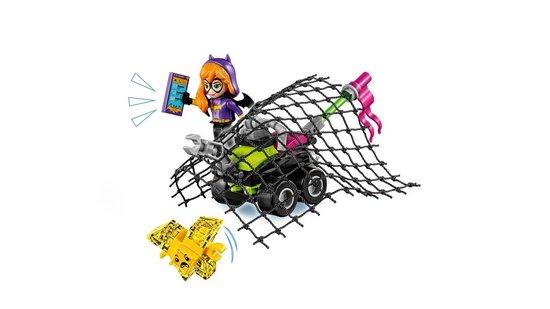 LEGO DC Super Hero Girls Batgirl Batjet-achtervolging - 41230